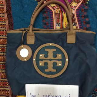 Review TORY BURCH