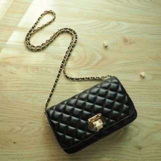 Review แท้ & เช็คของก่อนสั่งค่ะ > Charles & Keith Quilted Clutch