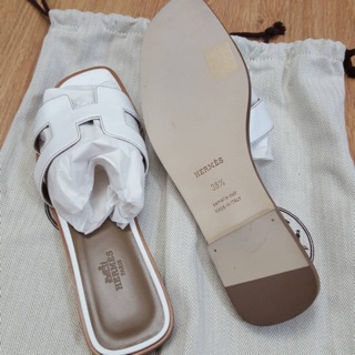 Review Hermes Sandals