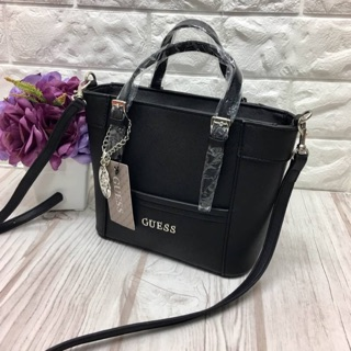 Review Guess outlet แท้