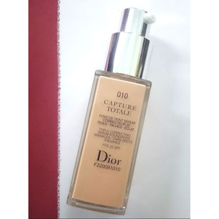 Review DIOR CAPTURE TOTALE TRIPLE CORRECTING SERUM FOUNDATION FPS 25 SPF #010 สำหรับผิวขาว