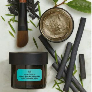 Review NEW!! THE BODY SHOP HIMALAYAN CHARCOAL PURIFYING GLOW MASK
