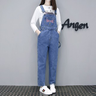 Review ชุดเอี๊ยมยีนส์ Classic Loose Fit Denim Jumpsuit Sling Jeans
