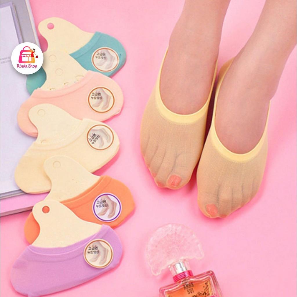 ถุงเท้าทรงสลิม สีสันน่ารัก ใส่กับคัชชู เรียบร้อย รองเท้าไม่กัด  สำหรับผู้หญิง