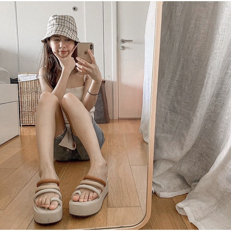 (⭐ใสโค้ด R43LYF ลด 90⭐) มินิทาวเว้อมาเเล้วจ้า(เท้าอวบมากๆ+1ไซส) สายกลมเกาหลีแบบส้นตึก สูง6 cm(อ่านรายละเอียดก่อนค่า)