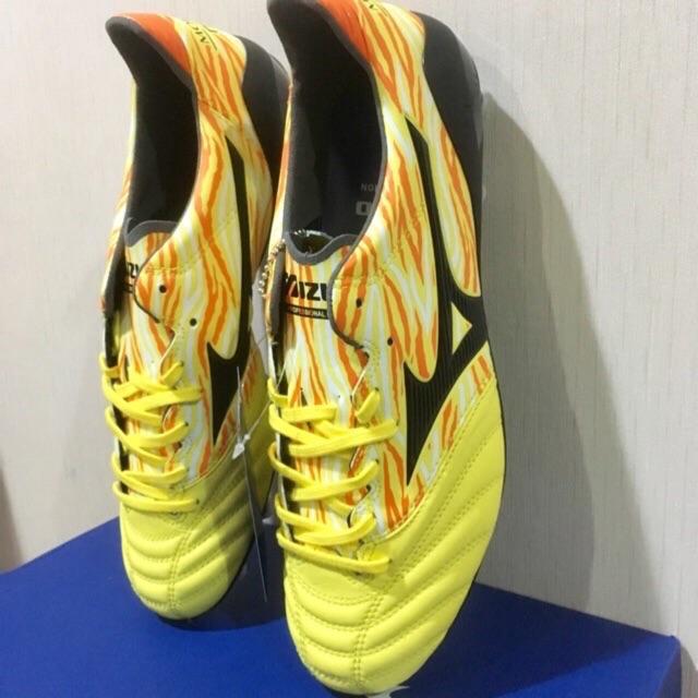 Mizuno รองเท้าฟุตบอล ตัวท็อป Morelia Neo II MD , Made in Indonesia