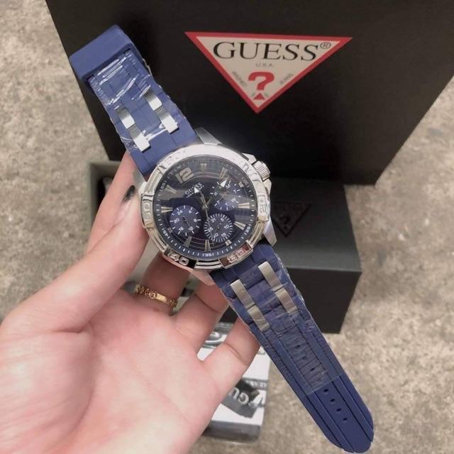 นาฬิกาข้อมือ GUESS ผู้ชาย ขอบเงิน