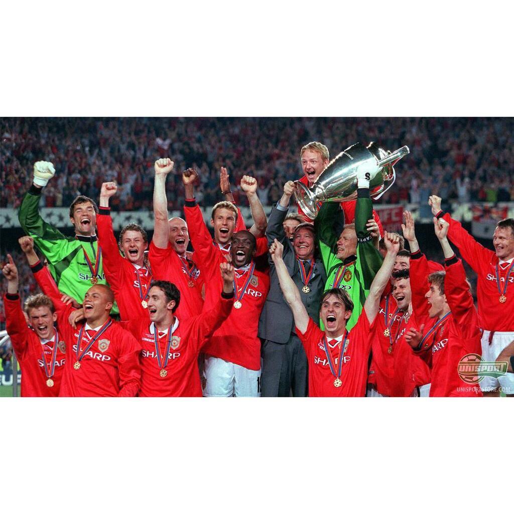 Man Utd 1999 Treble Champions Celebrating Poster