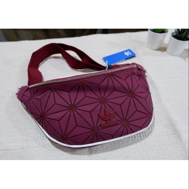 กระเป๋าคาดอก คาดเอว แบรนด์adidas รุ่น 3D แท้