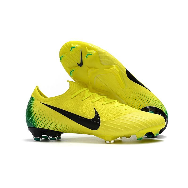 ca2001d511 Nike Mercurial Superfly V CR7 FG รองเท้าฟุตบอลสีขาว
