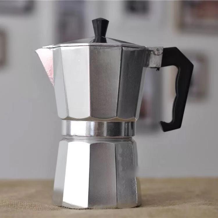 เครื่องชงกาแฟสด หม้อต้มกาแฟ moka pot กาต้มกาแฟสดเครื่องชงกาแฟสด แบบปิคนิคพกพา ใช้ทำกาแฟสดทานได้ทุกที อลูมิเนียม 6 Cup/ 9