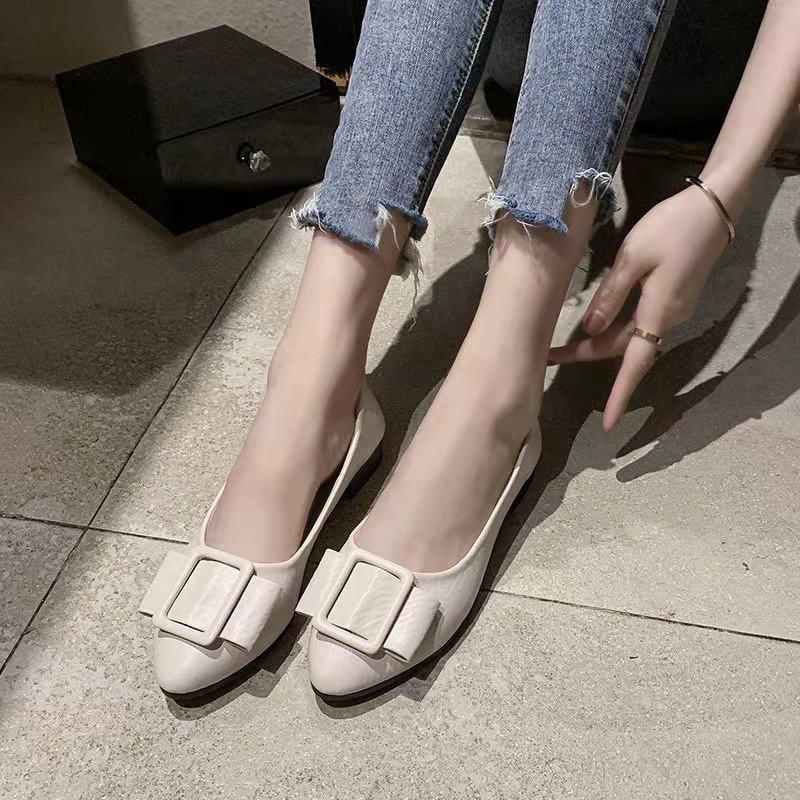 ❤️รองเท้าแฟชั่น รองเท้าส้นแบนหัวแหลม รองเท้าคัชชู ส้นเตี้ย รองเท้าผู้หญิง  รองเท้าหนังผู้หญิง นิ่มมากไม่เจ็บเท้า❤️