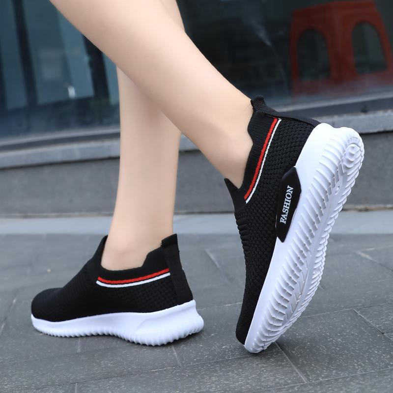 รองเท้าผู้หญิง รองเท้าผ้าใบผู้หญิง รองเท้าคัชชูดำ รองเท้าผ้าใบผญ รองเท้าแฟชั่น รองเท้าเพื่อสุขภาพ