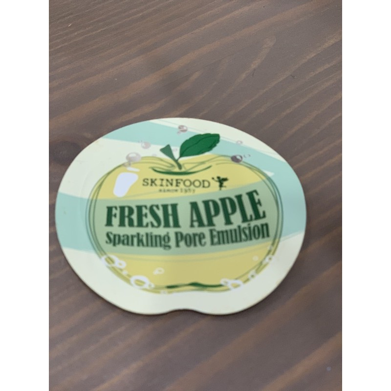Tester Skinfood Fresh Apple Sparkling Pore Emulsion