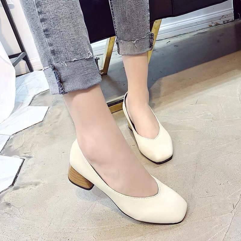2021🔥พร้อมส่ง🔥 🍒รองเท้าคัชชูหนังส้นสูง รองเท้าแฟชั่น รองเท้าส้นสูงผู้หญิง ส้นสูง 1 นิ้ว F076