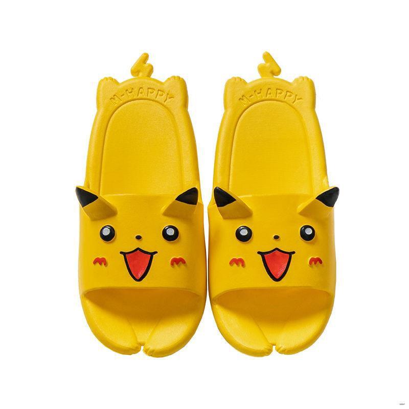 ยางยืดออกกําลังกาย✖☽🌈รองเท้าสตรี🌈  Pikachu รองเท้าแตะเด็กสำหรับเด็กผู้ชายฤดูร้อนการ์ตูนแม่ลูกในร่มลื่นน่ารักบ้านเด็กร