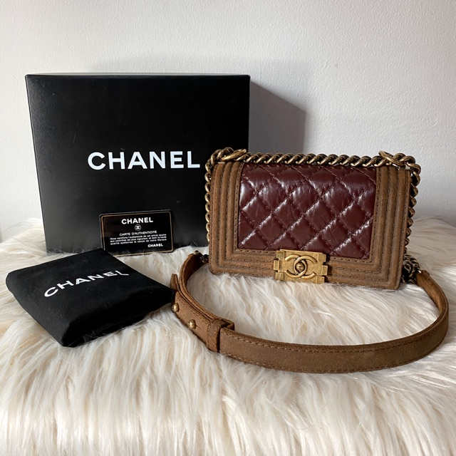 ❌ขายแล้ว❌Chanel boy 8 seasonal burgundy calf leather  แท้ 💯%
