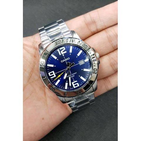 นาฬิกา คาสิโอ Casio STANDARD Analog สายสแตนเลส MTP-VD01D-2B สินค้าประกันศูนย์ CMG ทุกเรือน