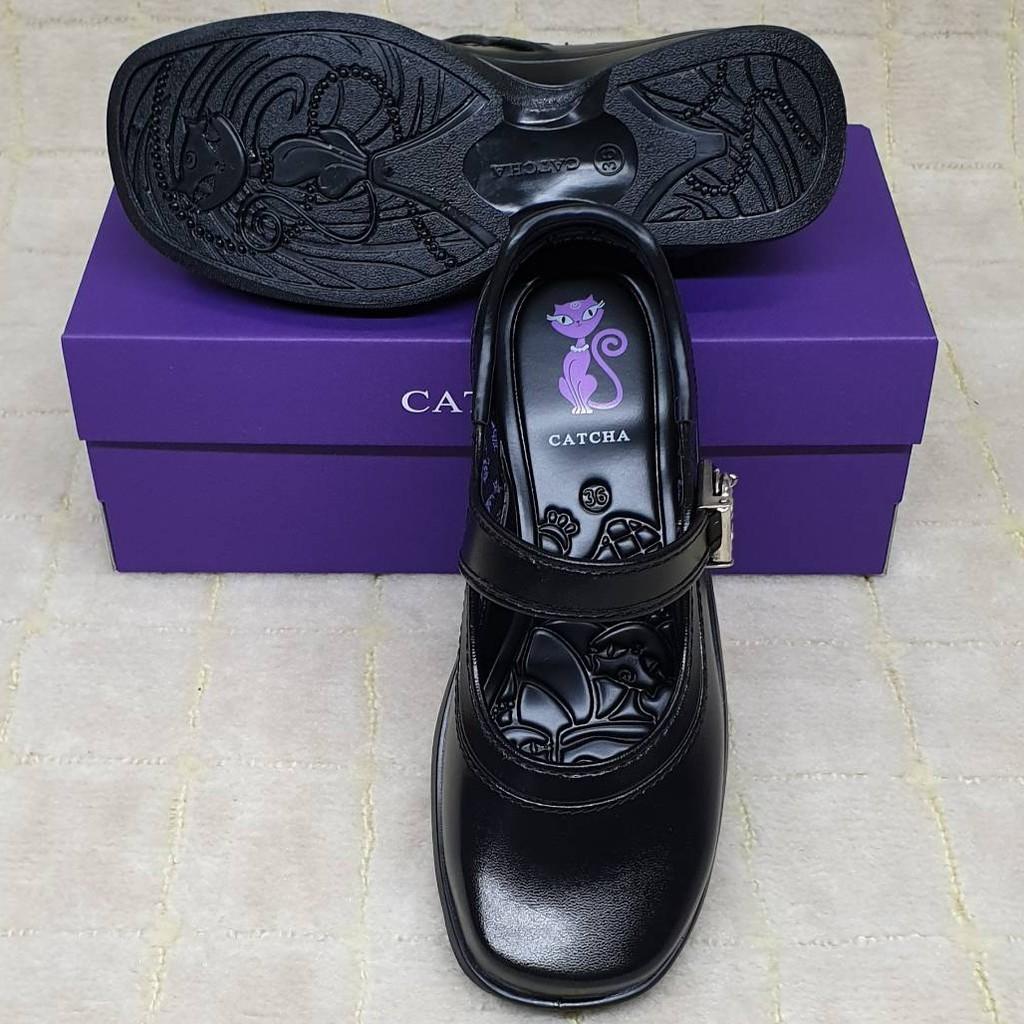 CATCHA : รองเท้านักเรียนหญิง คัชชูสีดำ หัวมน รุ่นแมวตุ้งติ้ง A2D2