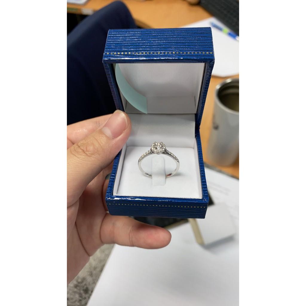 แหวนเพชรแท้ น้ำขาว ไฟดี ตัวเรือนทองคำ 18K ราคาน่ารัก