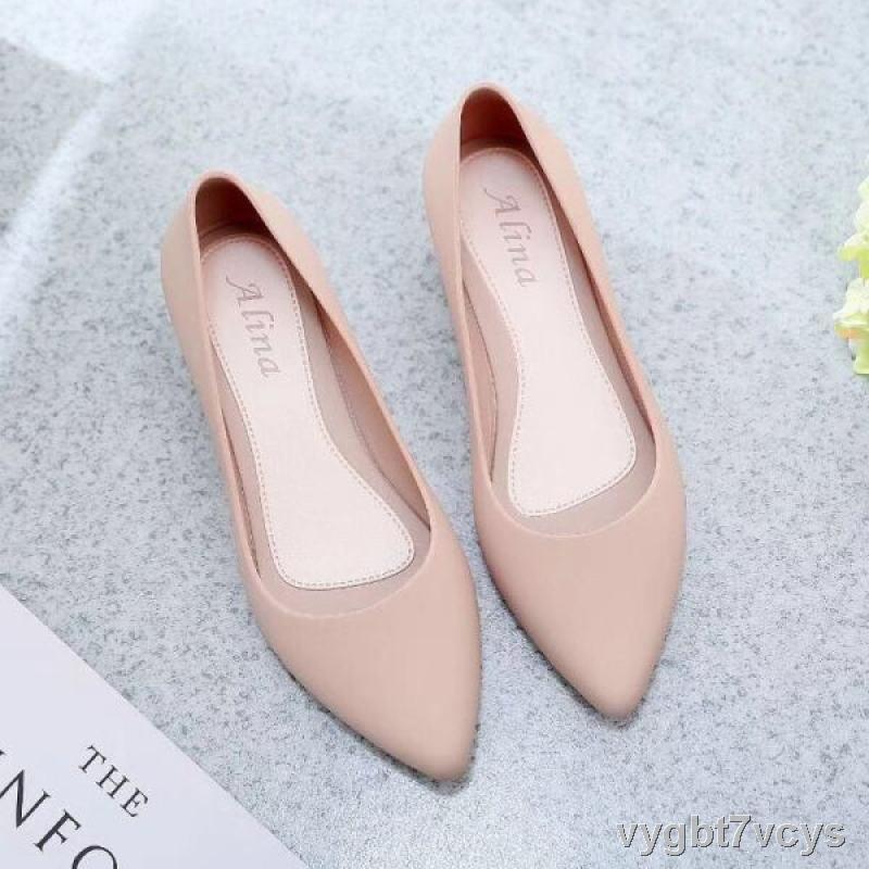 รองเท้าแฟชั่นผู้หญิง☼✎♘ใหม่ล่าสุด!!รองเท้าคัชชูหัวแหลม รองเท้ายางส้นสูง ยางนิ่ม คัชชูเจลลี่ (มี4สี สินค้าพร้อมส่ง)