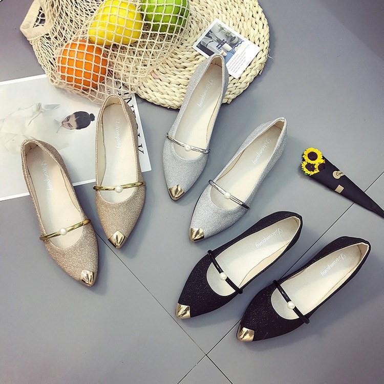 รองเท้าคัชชูหัวแหลม คัชชูผู้หญิงแต่งกากเพชร คัชชูแฟชั่น รองเท้าหุ้มส้นผู้หญิง
