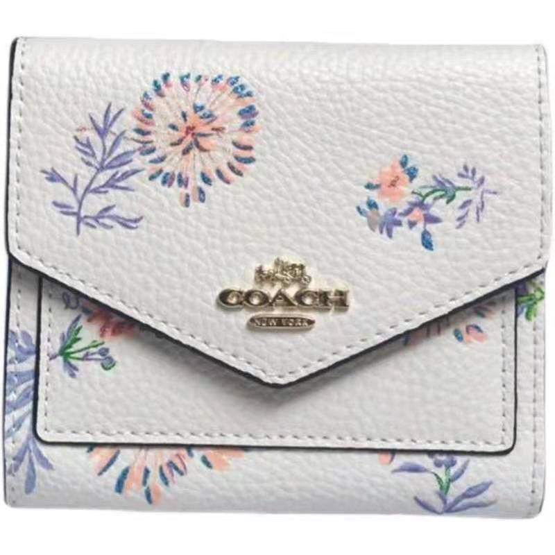 กระเป๋าสตางค์ใบสั้น COACH แบบพับ 3 ตอน สีขาว