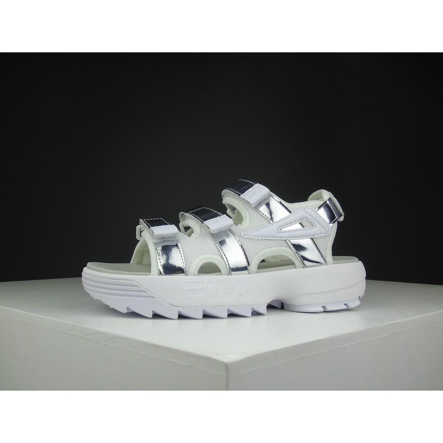 Fila DISRUPTOR 2 รองเท้าแตะลำลองสำหรับผู้ชายผู้หญิงเหมาะกับฤดูร้อน