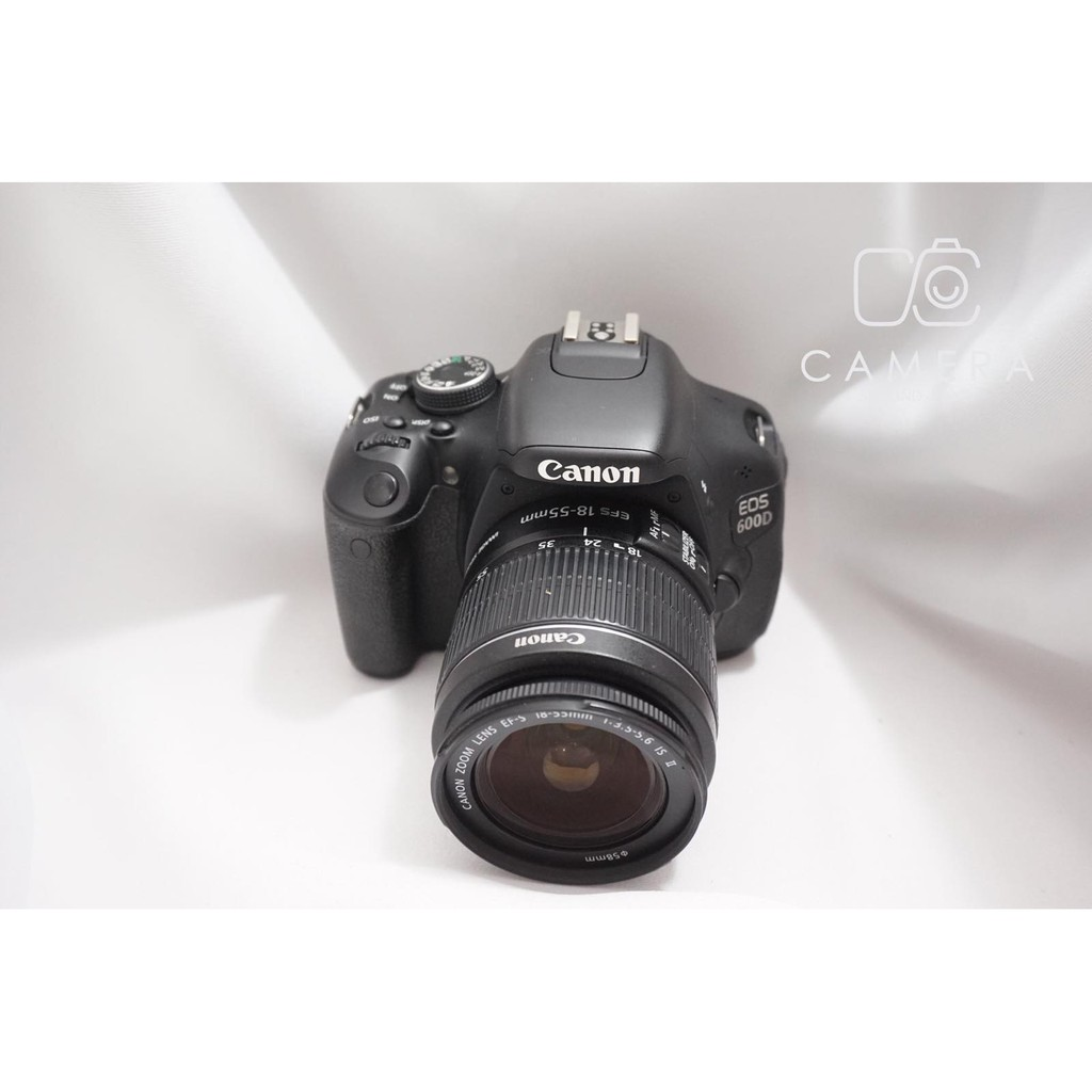 Canon 600D + Canon Lens 18-55 mm 1:3 5-5 6 IS II