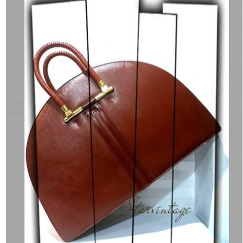 กระเป๋าเดินทางวินเทจแฮร์เมสใบใหญ่สะสม ราคาอยู่ที่ตกลงทักแชทได้เลยค่ะ