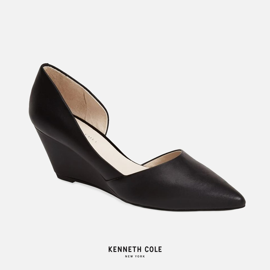 """Kenneth Cole รองเท้าผู้หญิง  ทรงคัชชูหัวแหลม ส้นเตารีด หนังแท้ รุ่น """"ELLIS"""" สีดำ"""