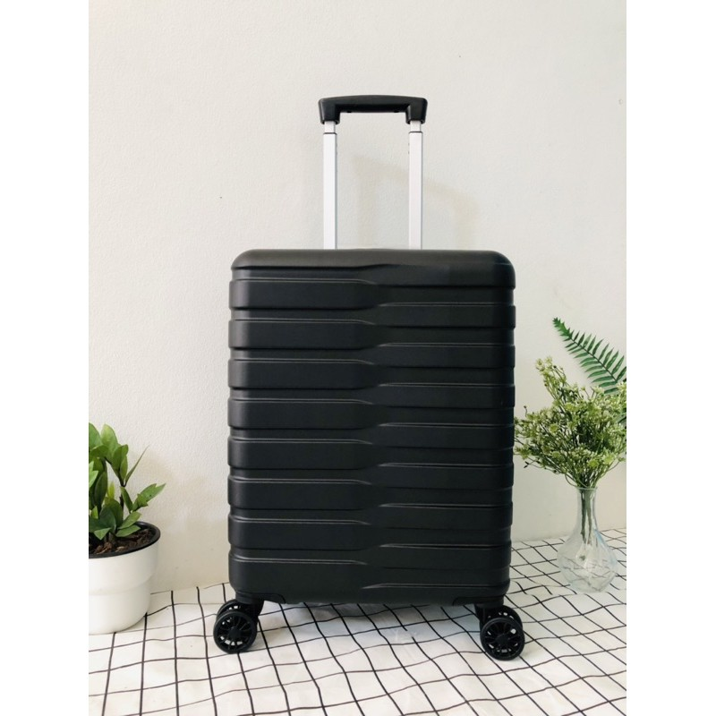 กระเป๋าเดินทางล้อลาก 20 นิ้ว ยี่ห้อ Caggioni สีดำ