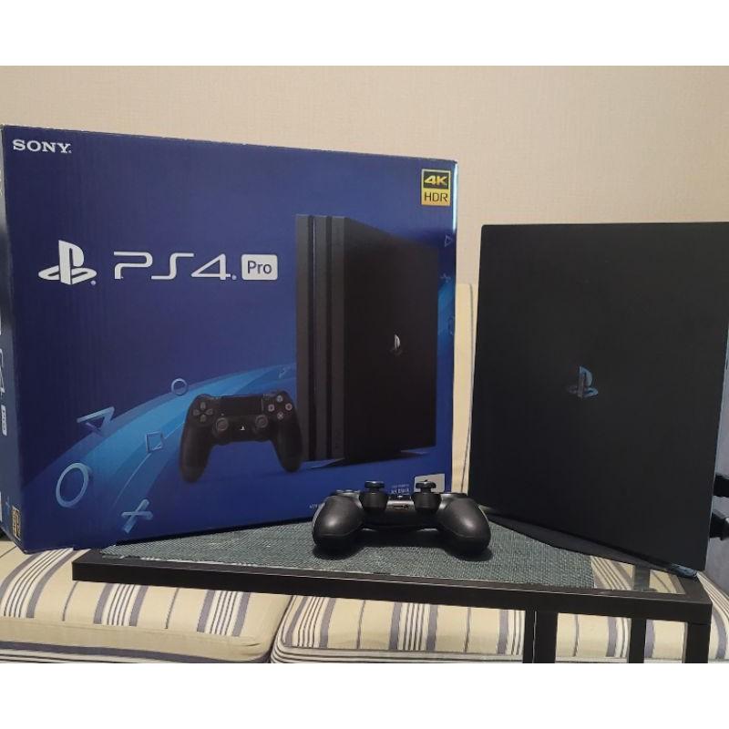 เครื่องเกมส์ PS4 Pro มือสอง สภาพดี เครื่องไทย