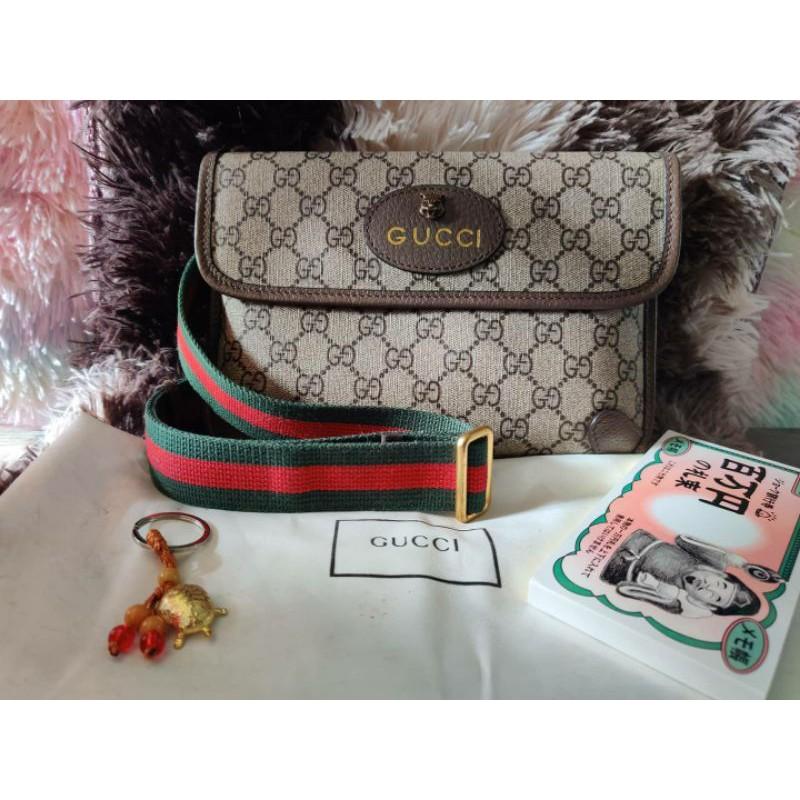 กระเป๋าแบรนด์เนมมือสอง Gucci supreme belt bag คาดอก งานตู้ญี่ปุ่น🇯🇵 สภาพสวย ของแม่ค้าใช้เอง