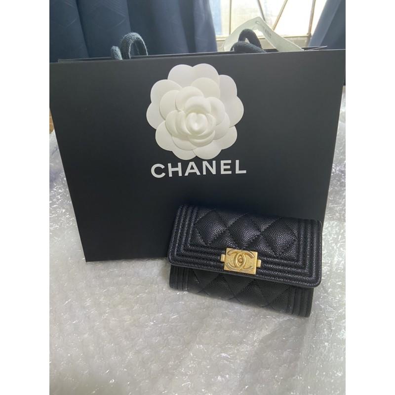 Chanel boy cardholder holo30 ใหม่มาก