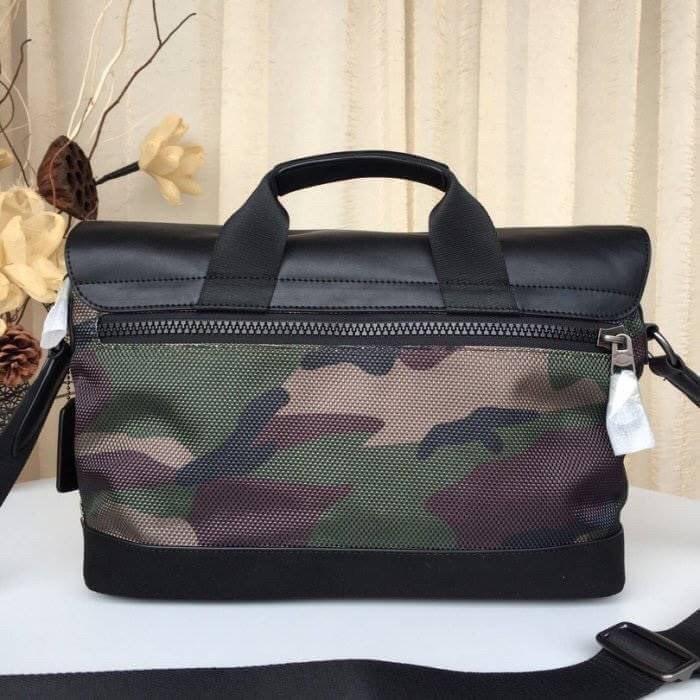 👌กระเป๋าเสื้อผ้า กระเป๋าถือ Coach แท้💯 (พร้อมส่ง) ส่งฟรี Coach Teerain Bike Bag F29024