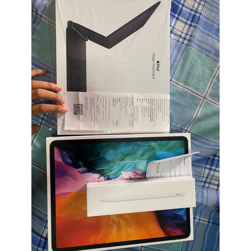 iPad Pro 2020 cel 256 12.9 ครบกล่องประกันเต็ม  เข้าศูนย์ไทยได้ ปากกา Apple pencil2 ศูนย์ไทยเต็มปี คีย์บอร์ดเมจิคตัวใหม