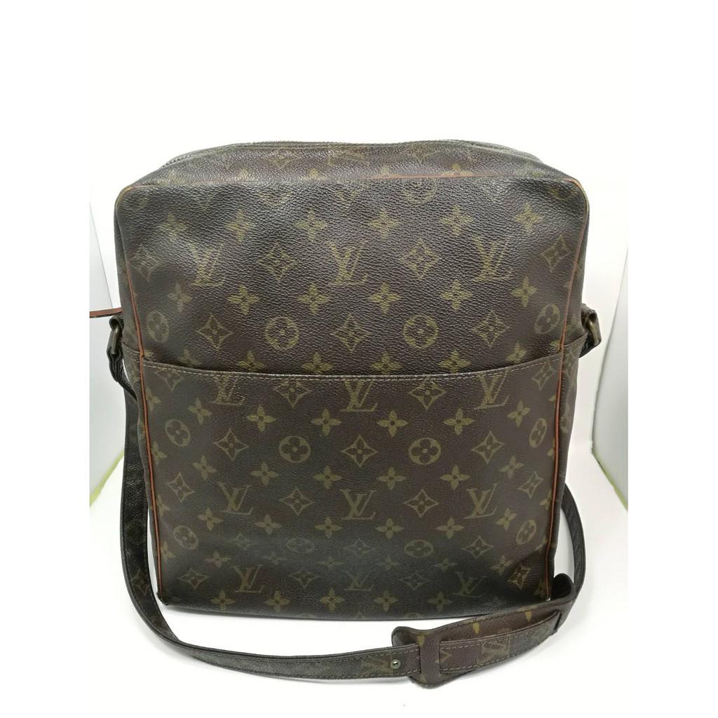 กระเป๋าหลุยส์ LV แท้ LV แท้มือสอง สภาพดี กระเป๋าlv lvมือสอง lvแท้ กระเป๋าแบรนด์เนมมือสอง  กระเป๋าสะพายlouis vuitton