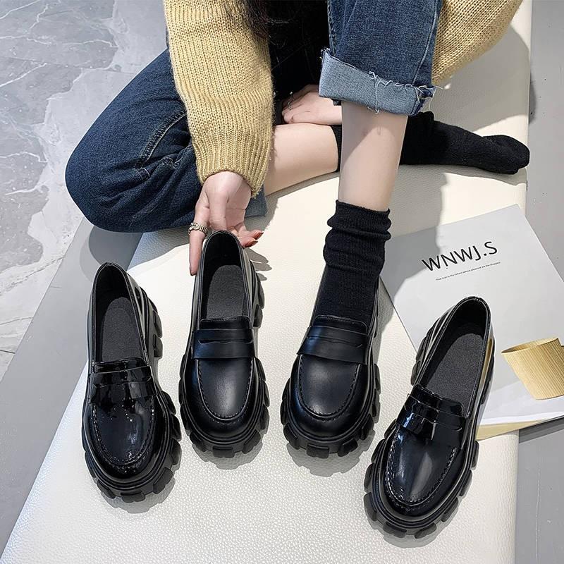รองเท้าคัชชู รองเท้าผู้หญิง ★รองเท้าหนังสีดำขนาดเล็กหญิงใหม่ฤดูใบไม้ผลิและฤดูใบไม้ร่วงเวอร์ชั่นเกาหลีของหนากับหลายร้อยขอ