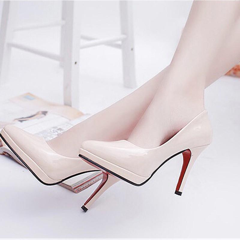womanshoes store รองเท้าคัชชูหัวแหลม หนังแก้ว สูง 4 นิ้ว เสริมหน้า รุ่น 881 สีนู้ด