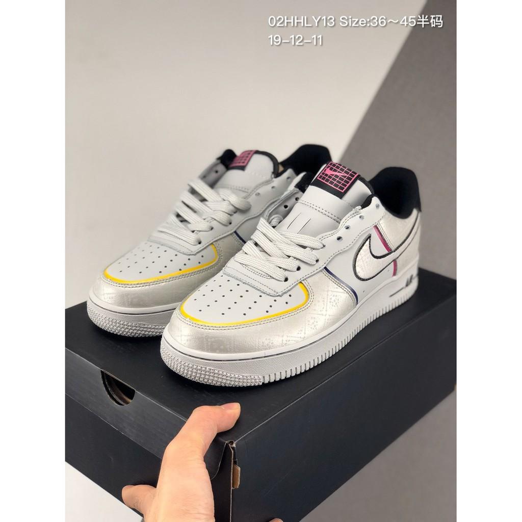 """แผ่นสะท้อนแสงรองเท้าผ้าใบ Air Force 1 Low """" Nike """" สําหรับผู้ชาย"""