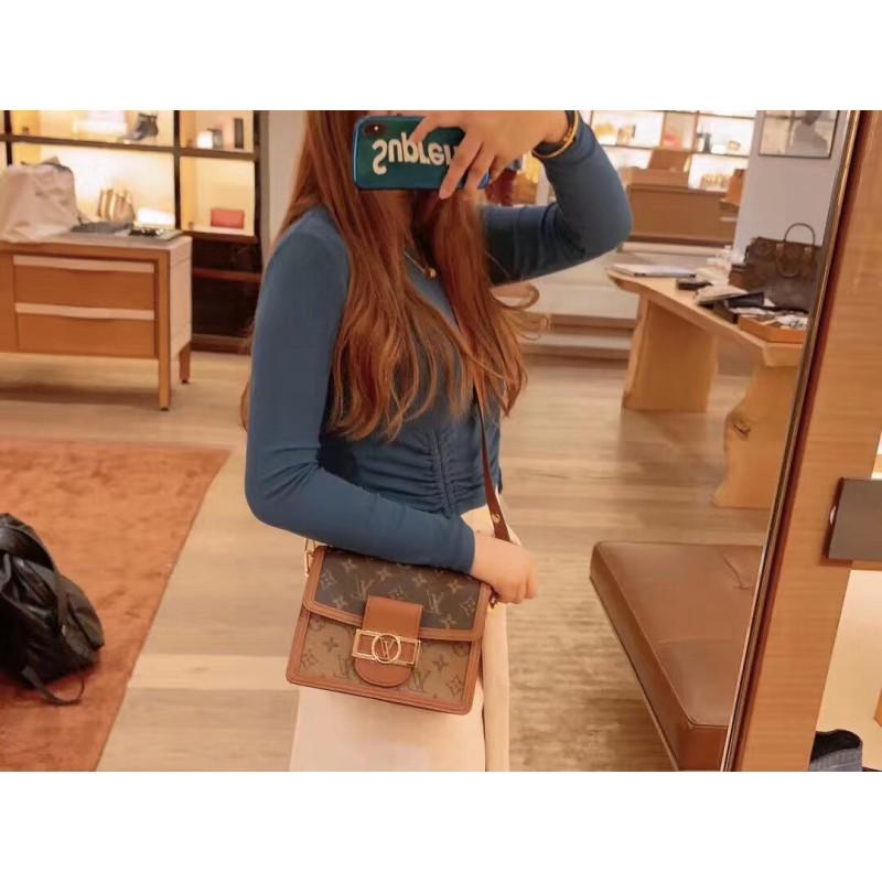 ㇱαกระเป๋ากระเป๋าเดินทาง  กระเป๋าเป้สะพายหลัง★★★❤🔥🔥ซื้อ LV Louis Vuitton กระเป๋าผู้หญิงคลาสสิก Dauphine กระเป๋าสะพายข้า