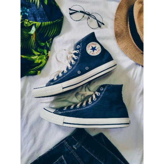 รองเท้าผ้าใบ Converse มือสอง