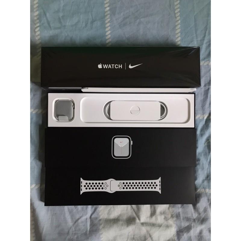 Apple Watch SE GPS 40mm.