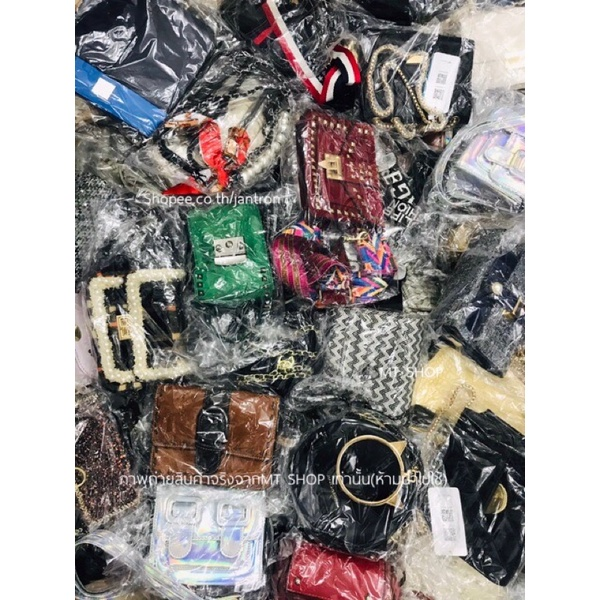 Live สดเท่านั้น‼️ กระเป๋ามือสอง128-198 บาท สินค้าทำความสะอาดเคลือบเงาเคลือบน้ำยากันสนิมพร้อมใช้งานทุกใบค่ะ