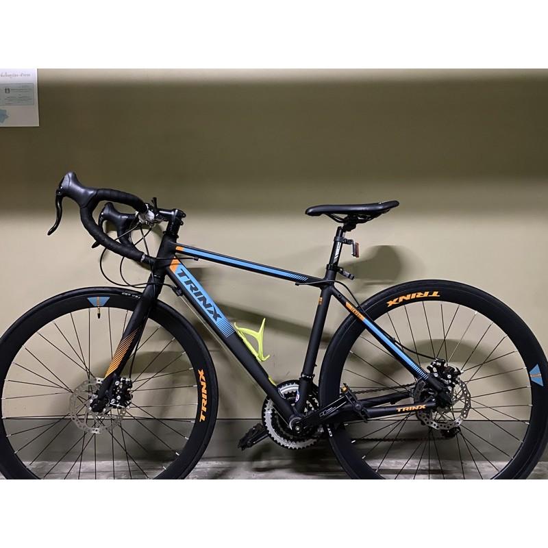 จักรยานเสือหมอบ ยี่ห้อ trinx รุ่น tempo 1.1 พร้อมที่ใส่ขวดน้ำ (มือสอง)