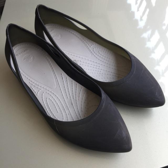 รองเท้า crocs แท้ มือสอง w7 size 39