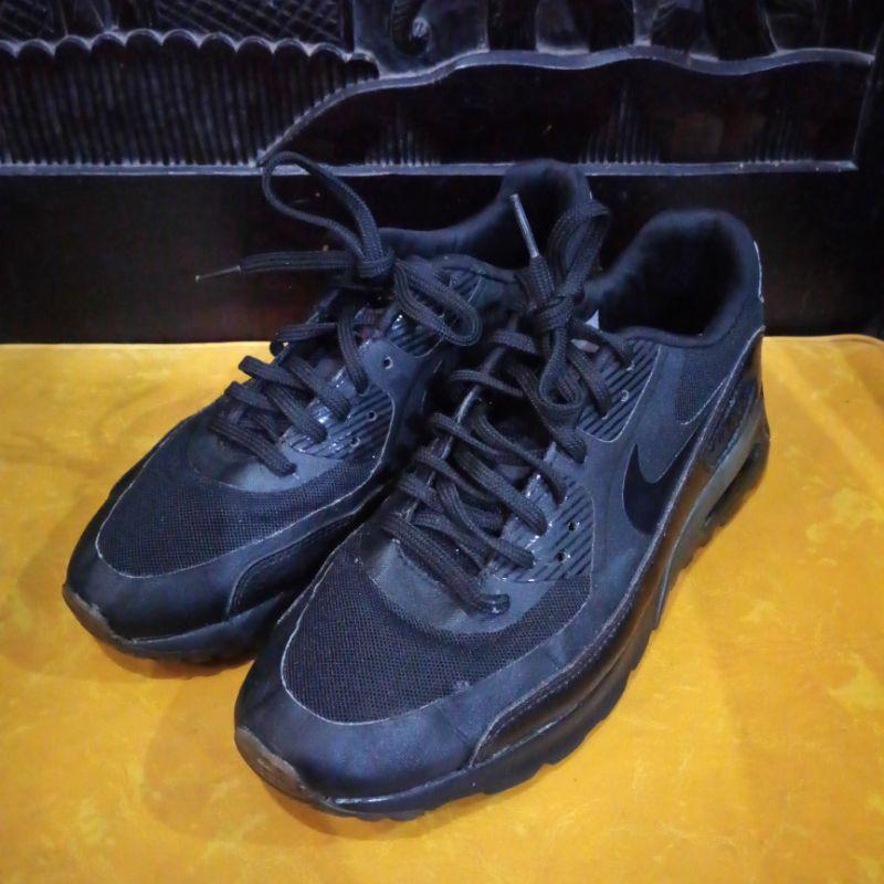 NIKE AIR MAX 90 รองเท้ามือสองของแท้