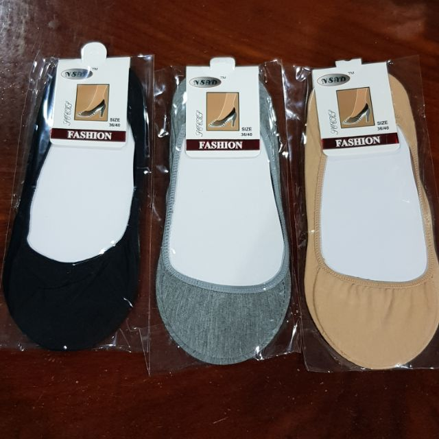 คัชชู เนื้อผ้า ถุงเท้าคัชชู ใส่กับรองเท้าคัชชู มี 3 สี ไม่มีขอบ ขั้นต่ำ 10 คู่