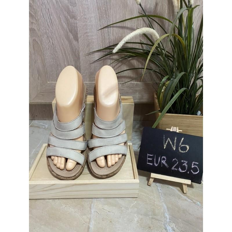 รองเท้าส้นเตารีด Crocs แท้ size 37